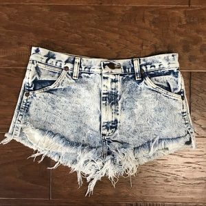 Wrangler distressed frayed cutoffs